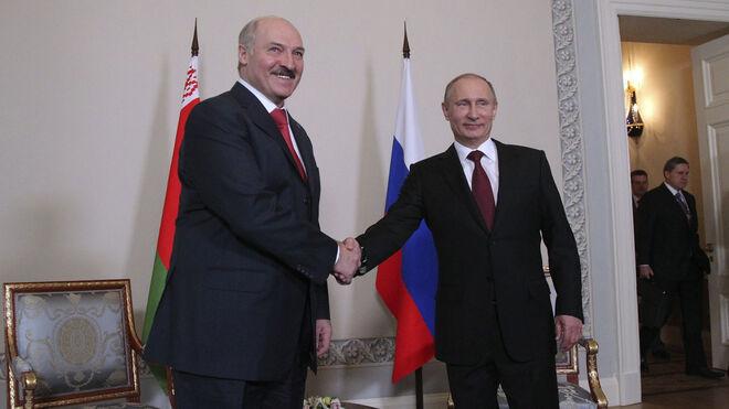 Putin recibió el 15 de marzo a su homólogo bielorruso, el tirano Alexander Lukashenko