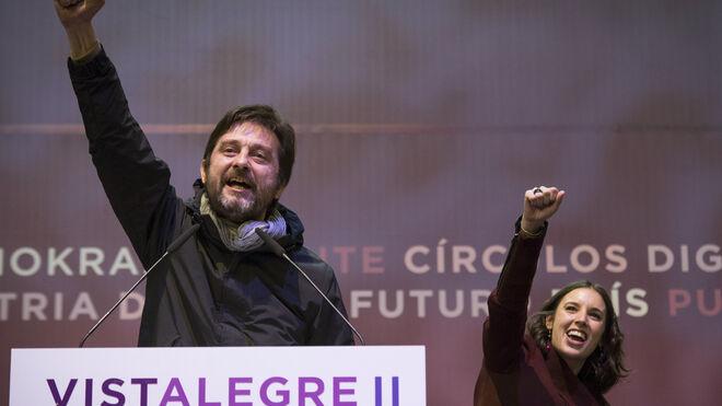 Rafael Mayoral e Irene Montero, en Vistalegre II.
