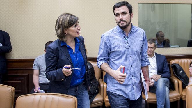 Yolanda Díaz y Alberto Garzón en la comisión del rescate bancario.