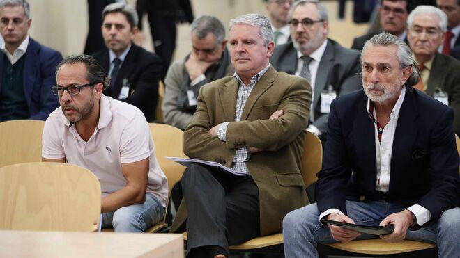 Álvaro Pérez Alonso 'El Bigotes', responsable de la empresa Orange Market; Pablo Crespo, número dos de la trama Gürtel, y Francisco Correa