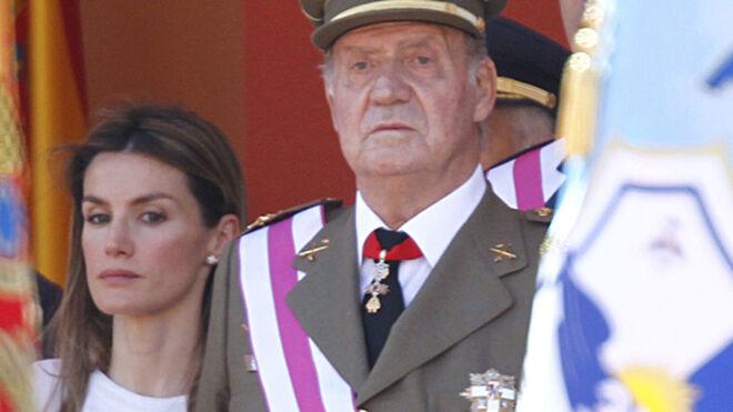 """El rey Juan Carlos, a Letizia: """"Si no quieres fotos de las niñas con los abuelos, no haber tenido dos hijas con Felipe"""""""