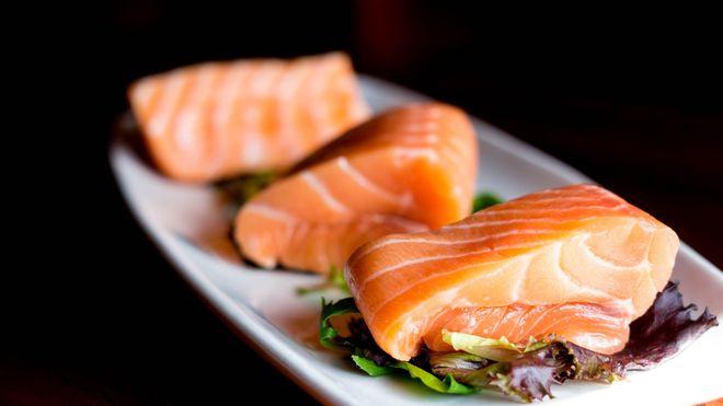 El salmón siempre es buena opción, pero solo una vez por semana