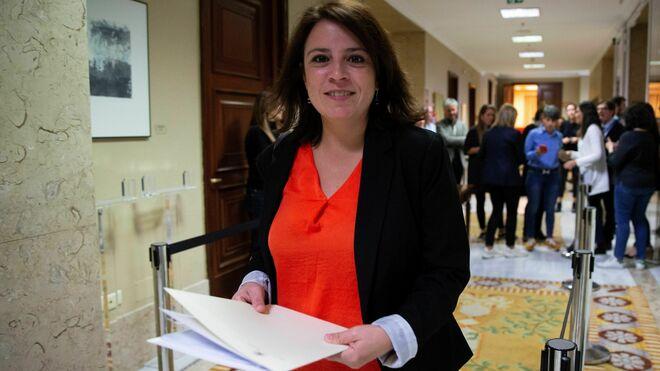 La diputada socialista Adriana Lastra en el Congreso