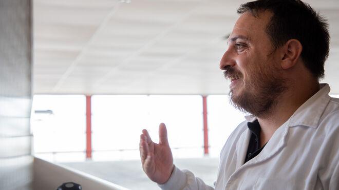 Javier Aldea, fundador de Nómada Brewing y manager del Brewhub.