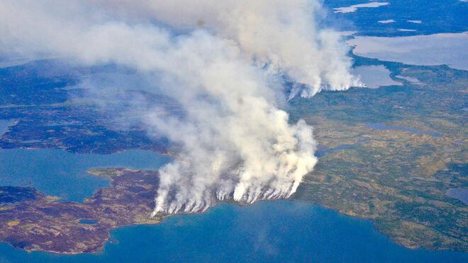 En el verano de 2014, los incendios forestales batieron récords en los Territorios del Noroeste, en Canadá.