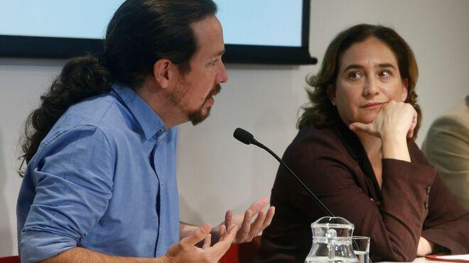 Ada Colau y Pablo Iglesias en Barcelona