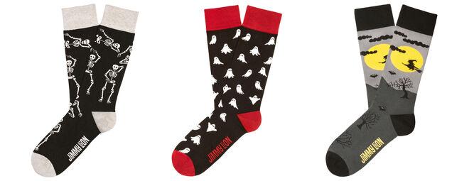 Calcetines diseñados para la noche de Halloween. PVP: 10€