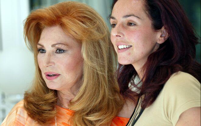 Rocío Jurado y Rocío Carrasco en 2004