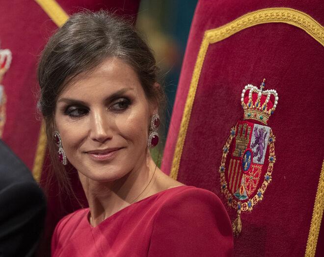 El gesto 'maléfico' de la reina Letizia en los premios Princesa de Asturias que se ha hecho viral.