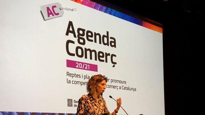 La consejera Àngels Chacón durante la presentación de la Agenda Comercio 20/21.