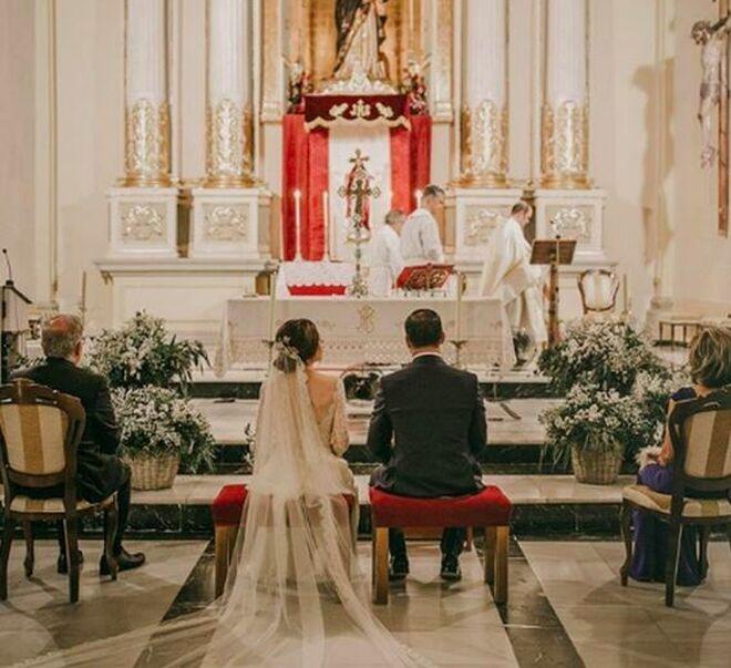 La boda de Santiago Abascal con su mujer, Lidia Bedman.