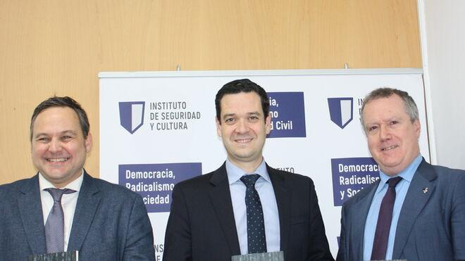 Nicolás de Pedro, Manuel Torres y Carlos Echeverría (de izda a dcha)