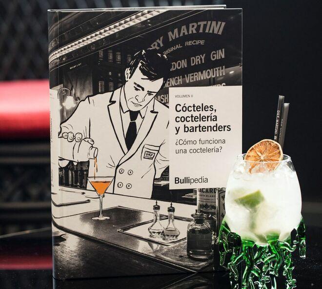 Segundo tomo de Cócteles, coctelería y bartenders.