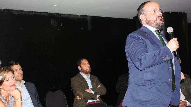 Alejandro Fernández, durante su intervención