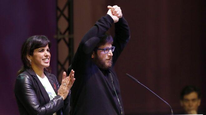 Teresa Rodríguez junto a Miguel Urbán