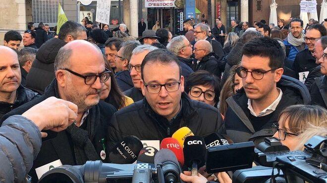 En el centro, Marc Solsona.