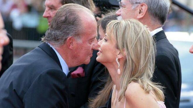 El rey Juan Carlos se vio con Corinna tras enviarle esta una carta a Felipe VI hablándole de las cuentas en Suiza