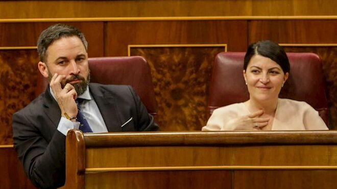 Santiago Abasacal y Macarena Olona, de Vox.
