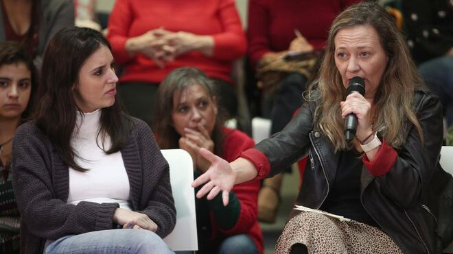 La ministra de Igualdad, Irene Montero, y la delegada del Gobierno para la Violencia de Género, Victoria Rosell, en una imagen de archivo.