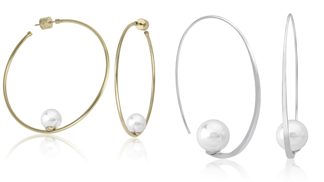 Pendientes dorados. PVP: 60€ // Pendientes plata con perla. PVP: 85€