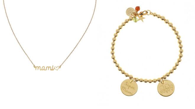 Collar dorado. PVP: 75€ // Pulsera con 'charms' grabados. PVP: 69€