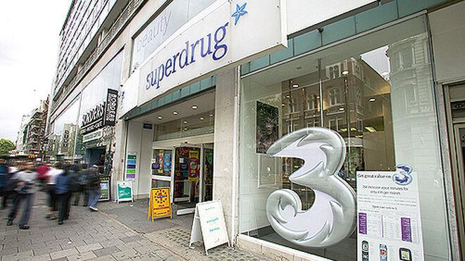 Tienda de la filial de telefonía móvil de Hutchison, 3, en Londres.