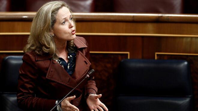 La vicepresidenta económica del Gobierno, Nadia Calviño, en el Congreso.