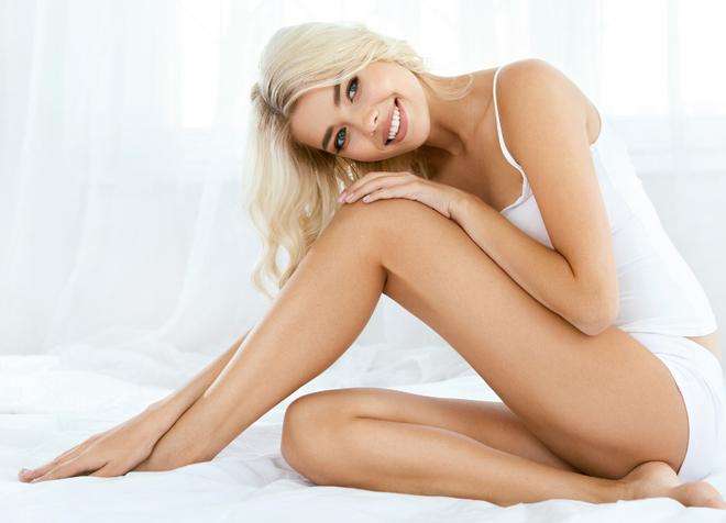 Mujer con piernas perfectas