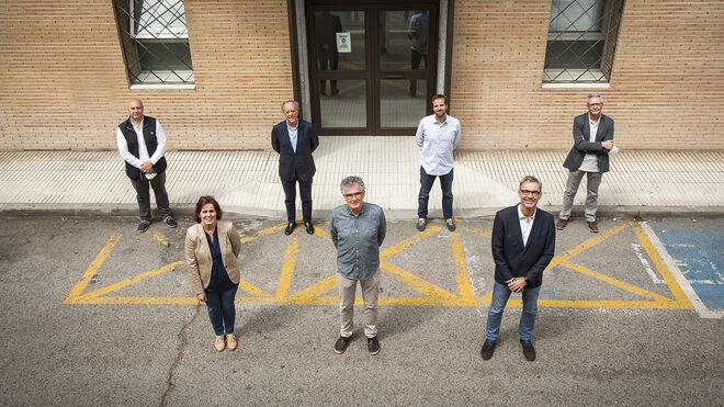 """El """"comando PCR"""" de  la UCM.  Luis Ortega, Lucía de Juan, Javier Arroyo, José Manuel Bautista, José Antonio Escudero, Bruno González y José Carlos Segovia."""