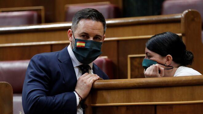 Santiago Abascal y Macarena Olona en el Congreso.