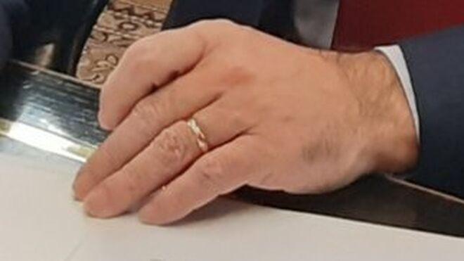 El anillo de casado de José Manuel Franco