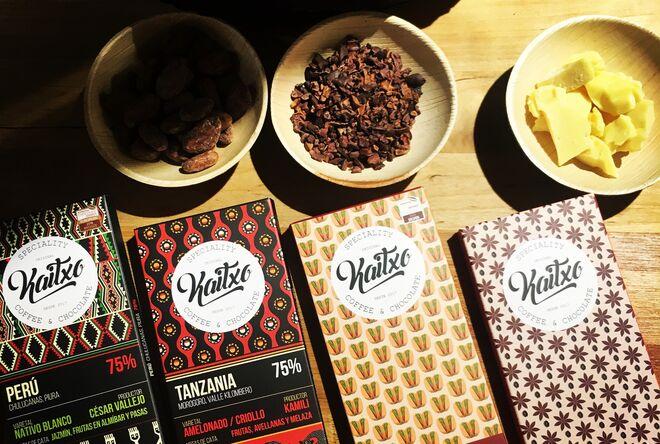 Los chocolates Kaitxo, de distintas procedencias, son españoles y  'bean to bar'.