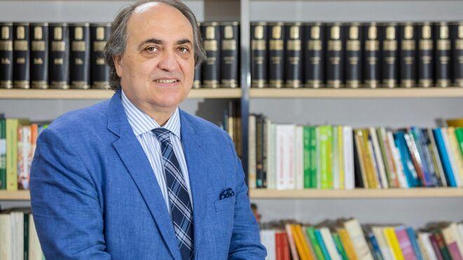 Luis Alberto Calvo Sáez,  presidente del Consejo General de Colegios Veterinarios de España