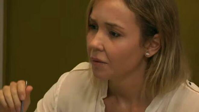 Angela Dobrowolski, mujer de Mainat.