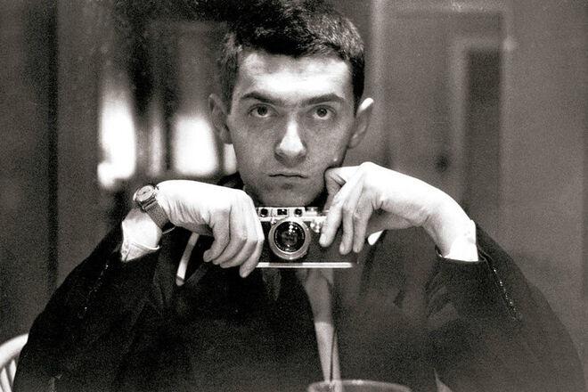 Autorretrato de Stanley Kubrick, realizado a mediados de los años 40.