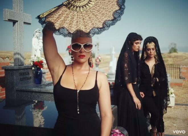 Daniela Blume, en el videoclip de C. Tangana.