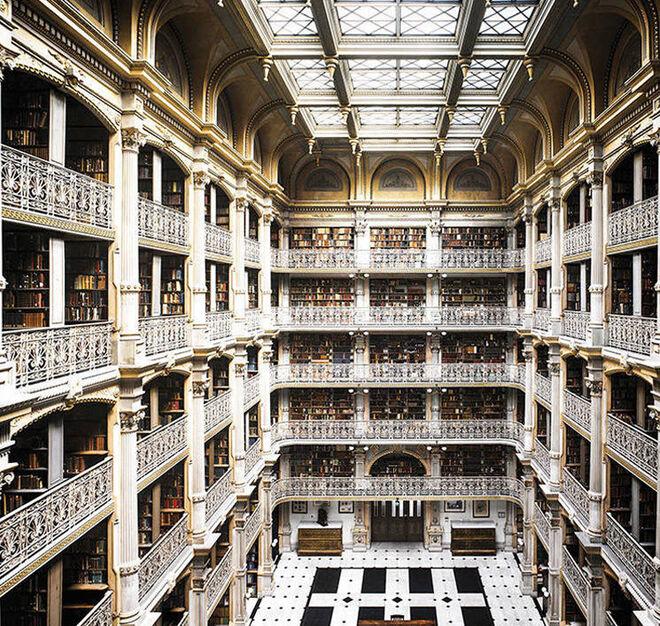The George Peabody Library (Baltimore, Estados Unidos)