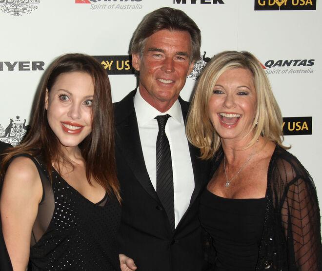 Olivia Newton-John, su marido John Easterling y su hija Chloe Lattanzi.