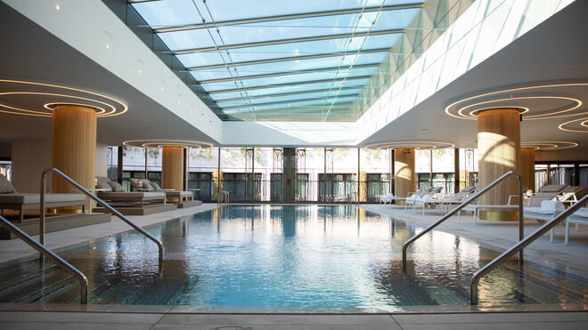 Piscina del hotel Four Seasons de Madrid