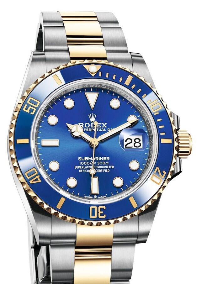 Una novedad en la colección es la introducción del Rolesor (fusión de oro y acero Oystersteel) en el Submariner Date.