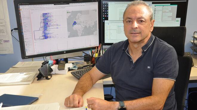 El investigador de Fisabio, Fernando González