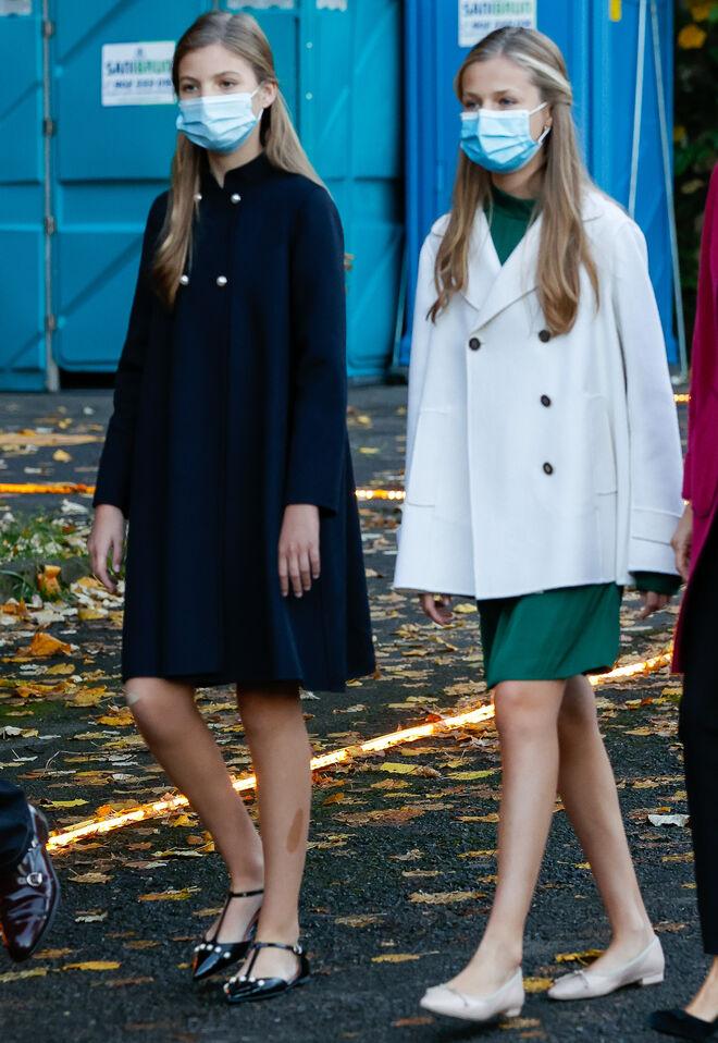 La princesa Leonor y la infanta Sofía, un día antes de los premios Princesa de Asturias.