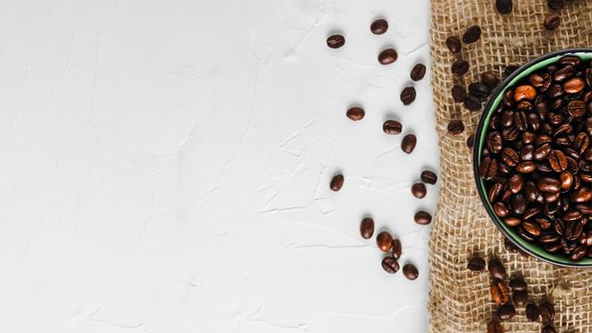 Granos de café que pueden combatir las estrías, la piel de naranja y la celulitis