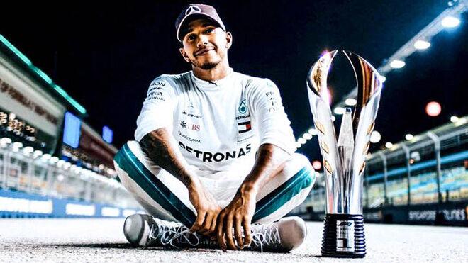 Retrato de Lewis Hamilton.