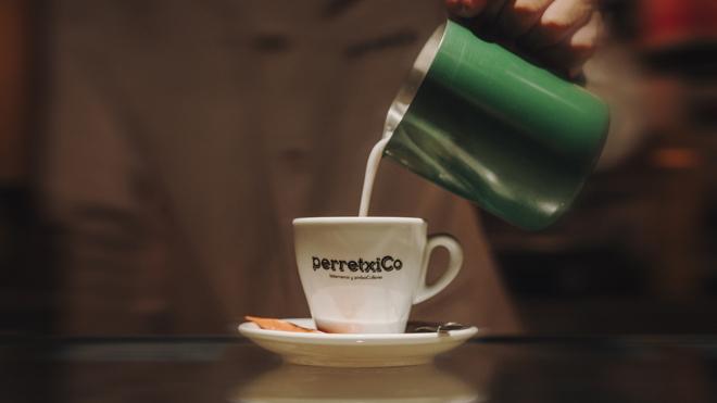 Taza de café recién preparada
