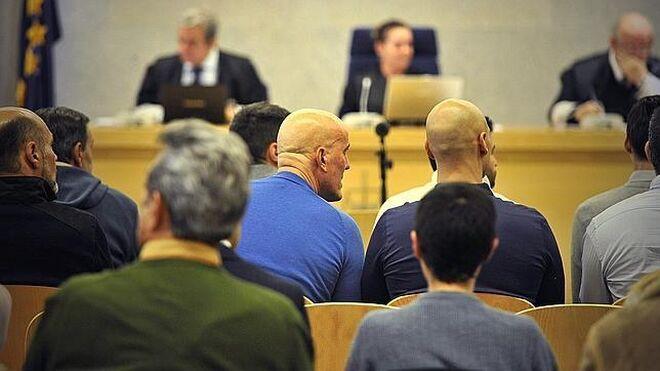 Cásper y otros miembros de su banda durante el juicio en la Audiencia Nacional