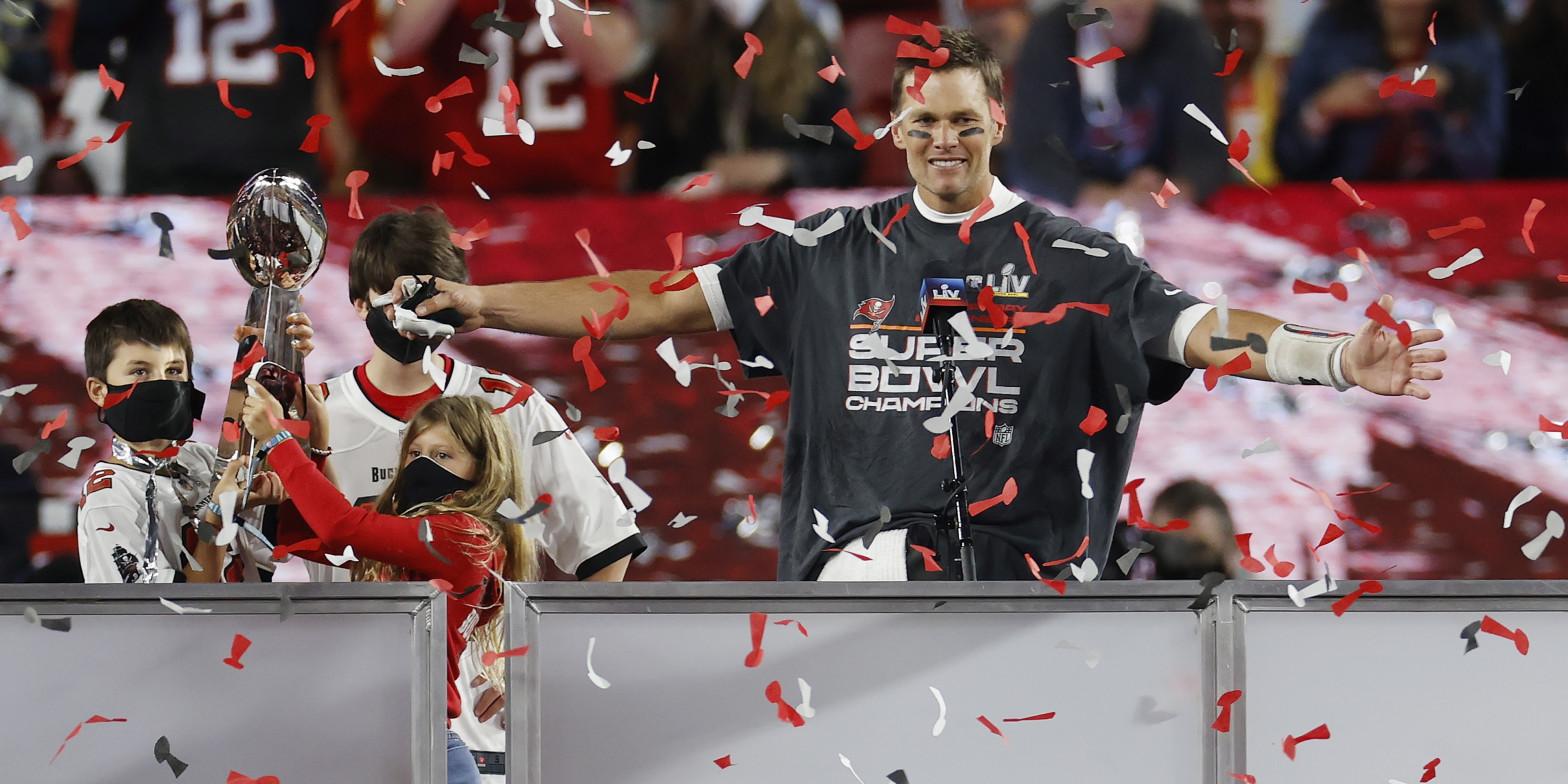 Los Buccaneers apabullan a los Chiefs para conquistar la Super Bowl