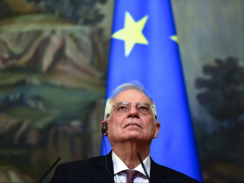 """Borrell reconoce que asumió """"riesgos"""" con su viaje a Rusia"""