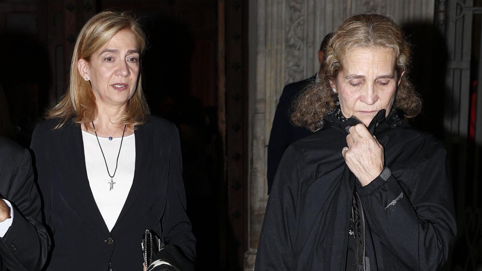 Las Infantas Elena y Cristina de Borbón.