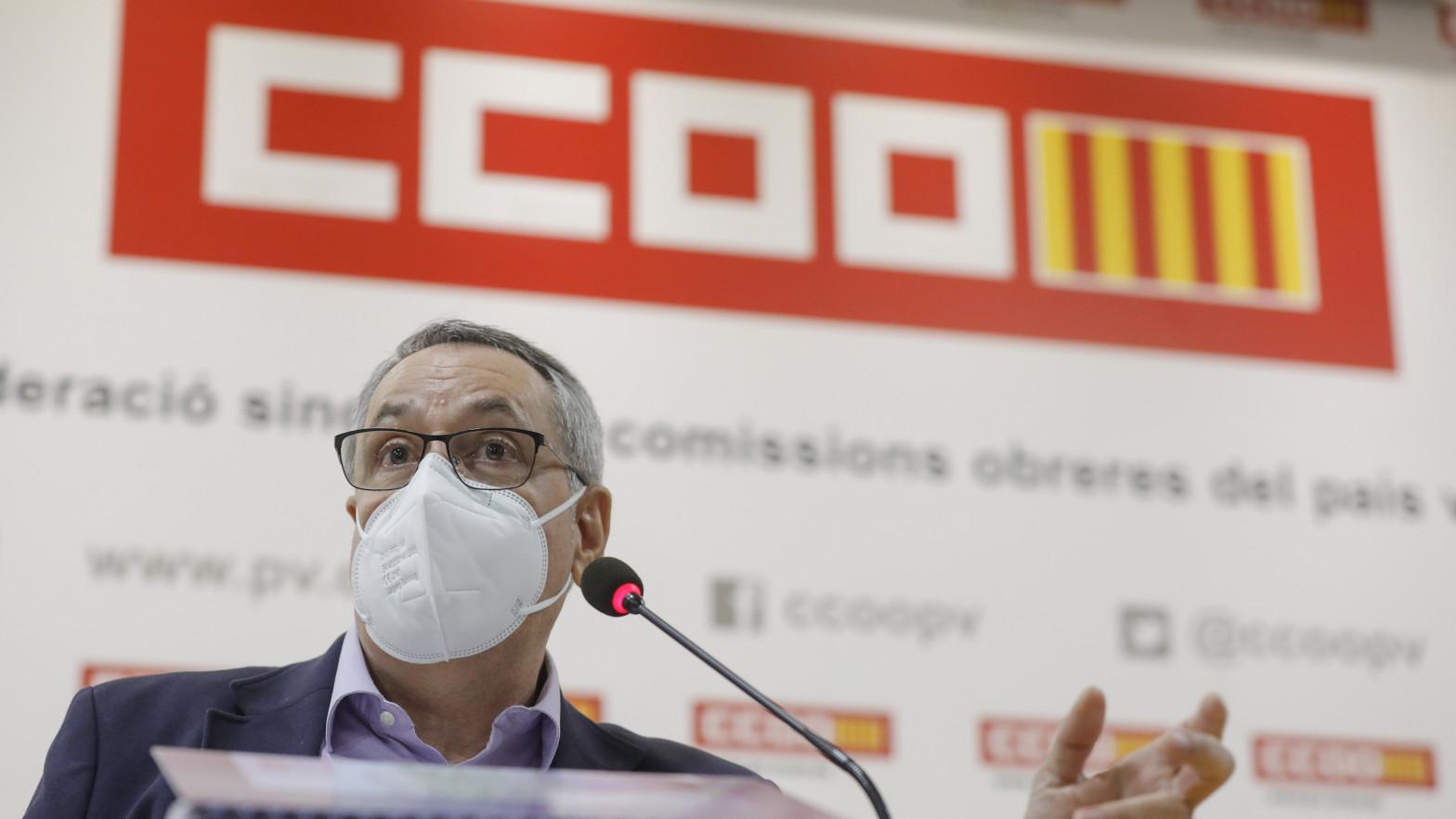 Dimite el secretario general de Comisiones Obreras en la Comunidad Valenciana tras vacunarse contra la covid